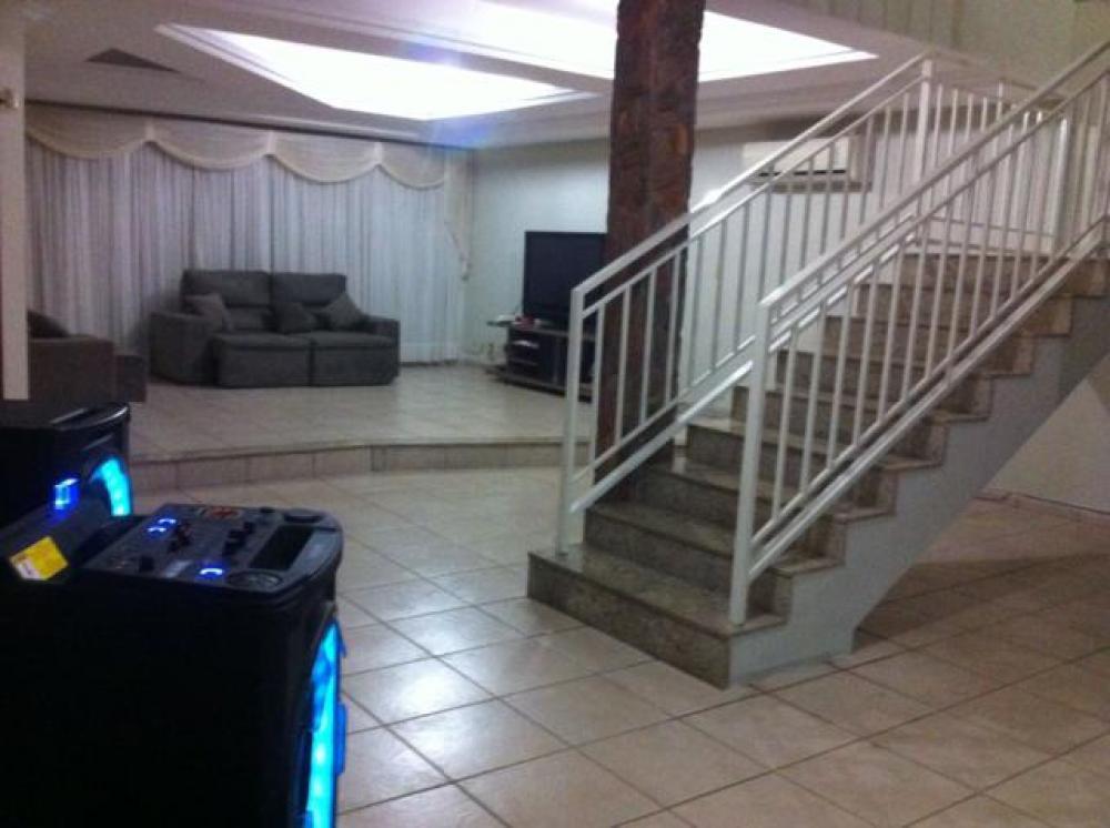 Comprar Casa / Sobrado em São José do Rio Preto R$ 820.000,00 - Foto 2