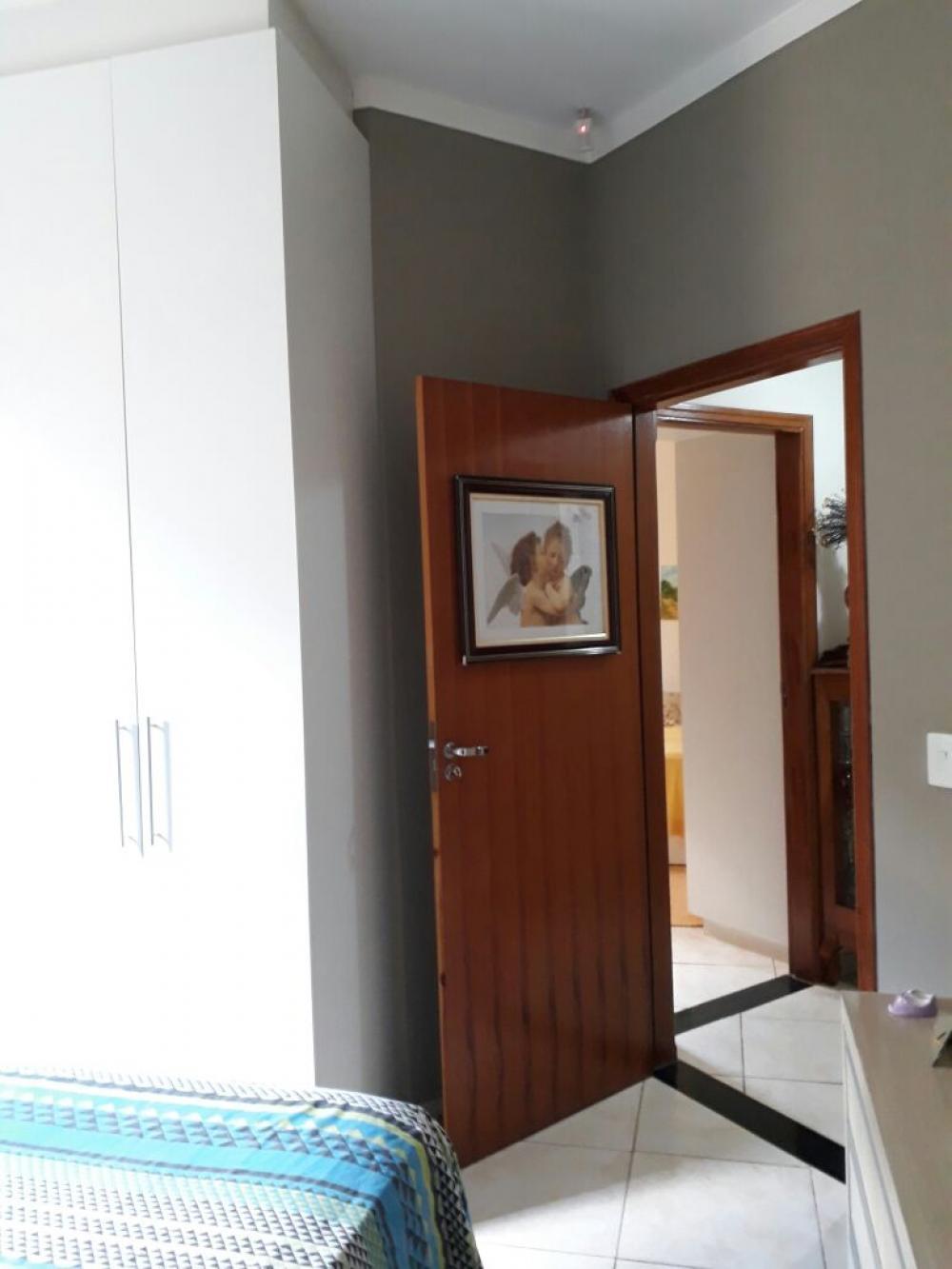 Comprar Casa / Padrão em São José do Rio Preto R$ 260.000,00 - Foto 5