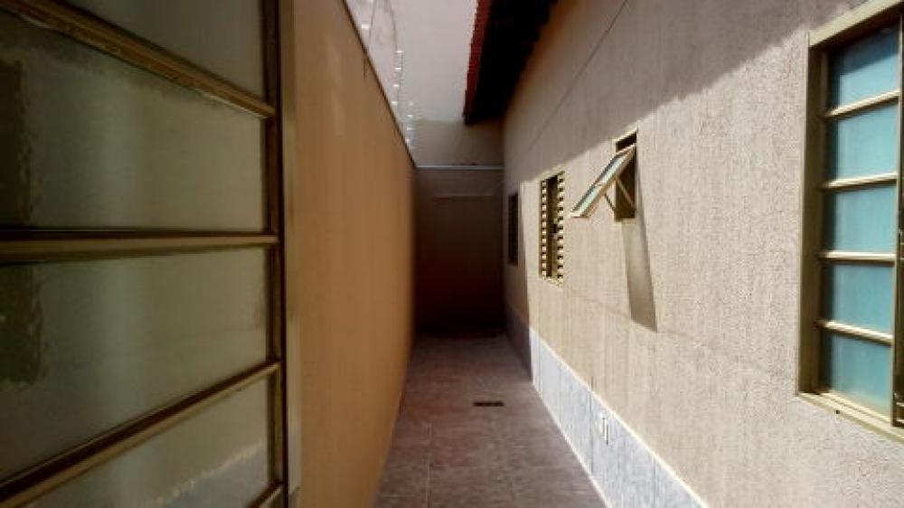 Comprar Casa / Padrão em São José do Rio Preto - Foto 2