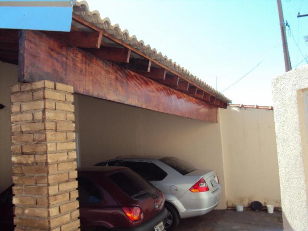 Comprar Casa / Padrão em São José do Rio Preto R$ 275.000,00 - Foto 4