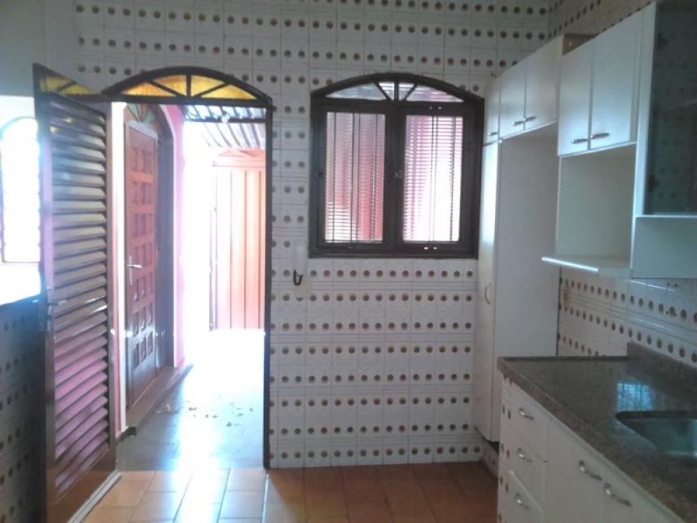 Comprar Casa / Padrão em São José do Rio Preto R$ 380.000,00 - Foto 13