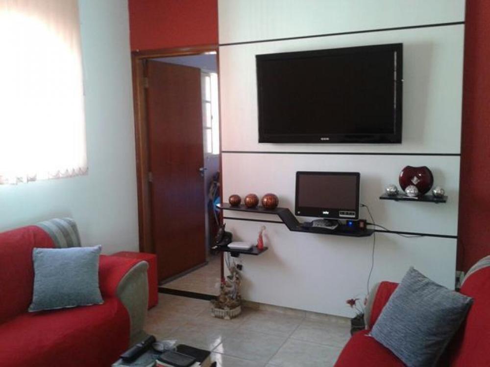 Comprar Casa / Padrão em São José do Rio Preto R$ 290.000,00 - Foto 1