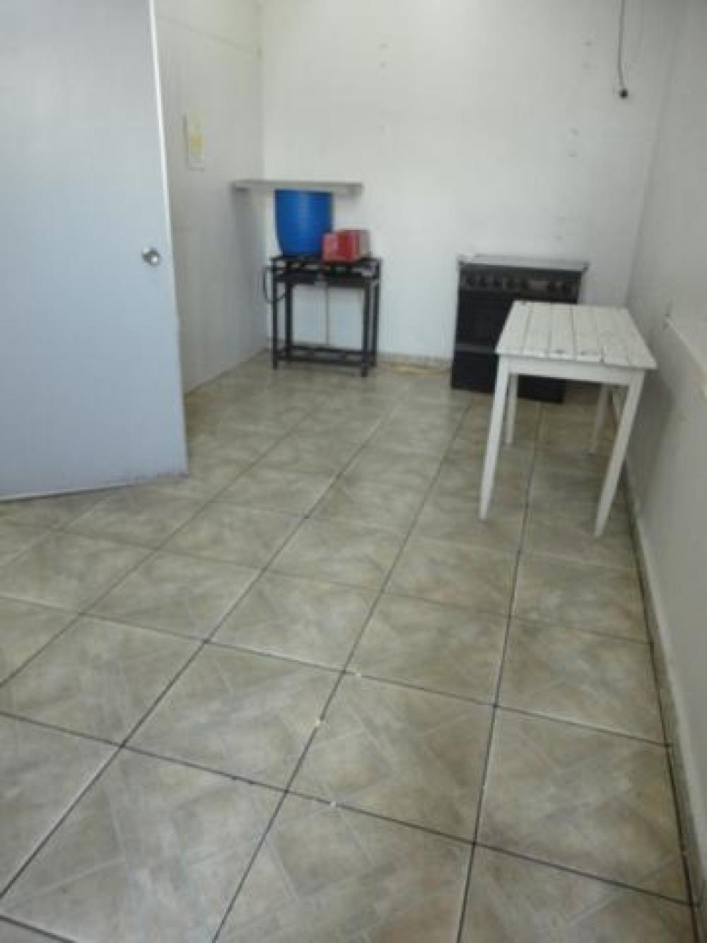 Comprar Casa / Padrão em São José do Rio Preto R$ 200.000,00 - Foto 8