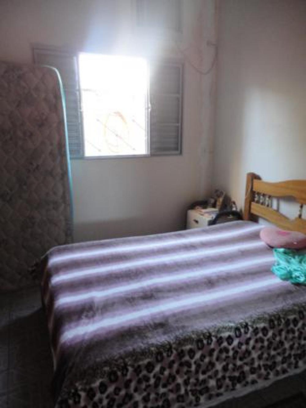 Comprar Casa / Padrão em São José do Rio Preto R$ 200.000,00 - Foto 11