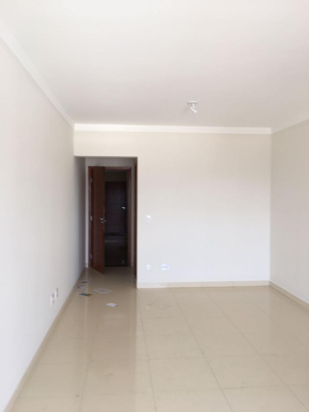 Comprar Apartamento / Padrão em SAO JOSE DO RIO PRETO apenas R$ 350.000,00 - Foto 3