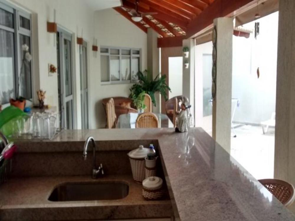 Sao Jose do Rio Preto Casa Venda R$1.250.000,00 Condominio R$500,00 3 Dormitorios 1 Suite Area do terreno 363.00m2 Area construida 363.00m2