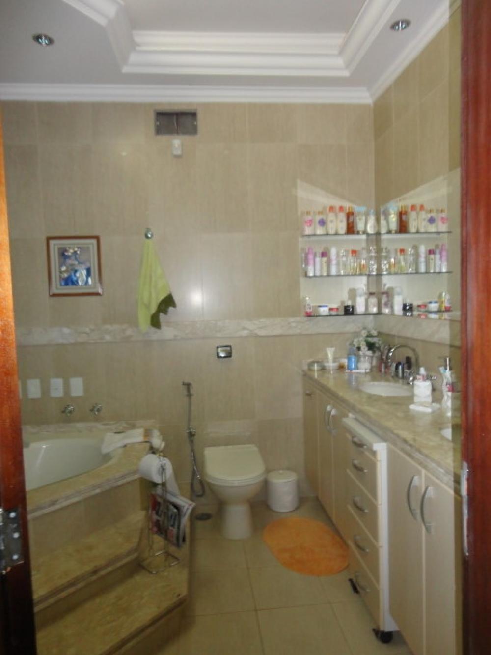 Comprar Casa / Padrão em São José do Rio Preto apenas R$ 1.100.000,00 - Foto 3