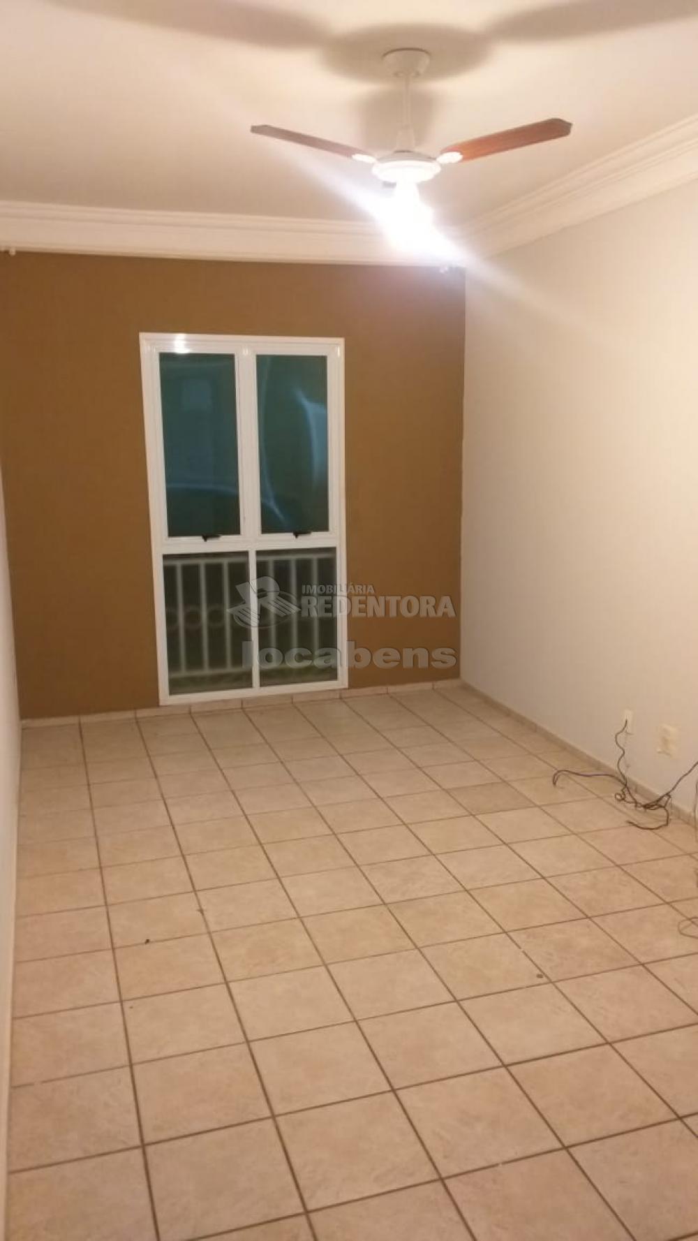 Alugar Apartamento / Padrão em São José do Rio Preto R$ 550,00 - Foto 6