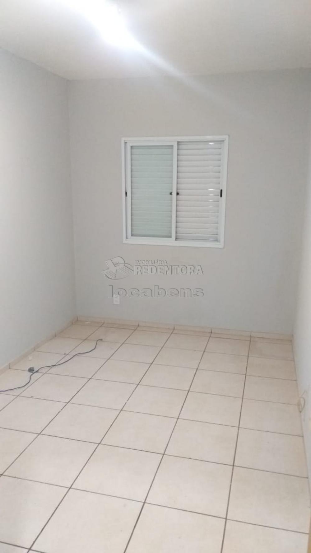 Alugar Apartamento / Padrão em São José do Rio Preto R$ 550,00 - Foto 14