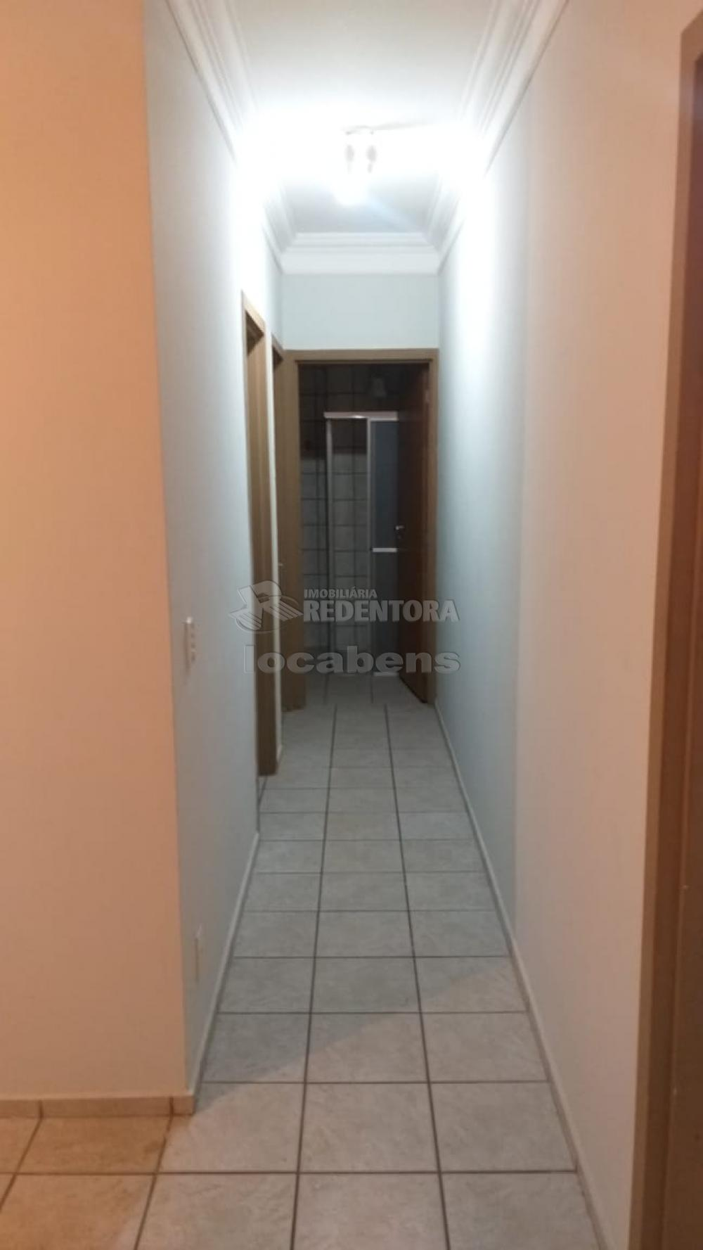 Alugar Apartamento / Padrão em São José do Rio Preto R$ 550,00 - Foto 27