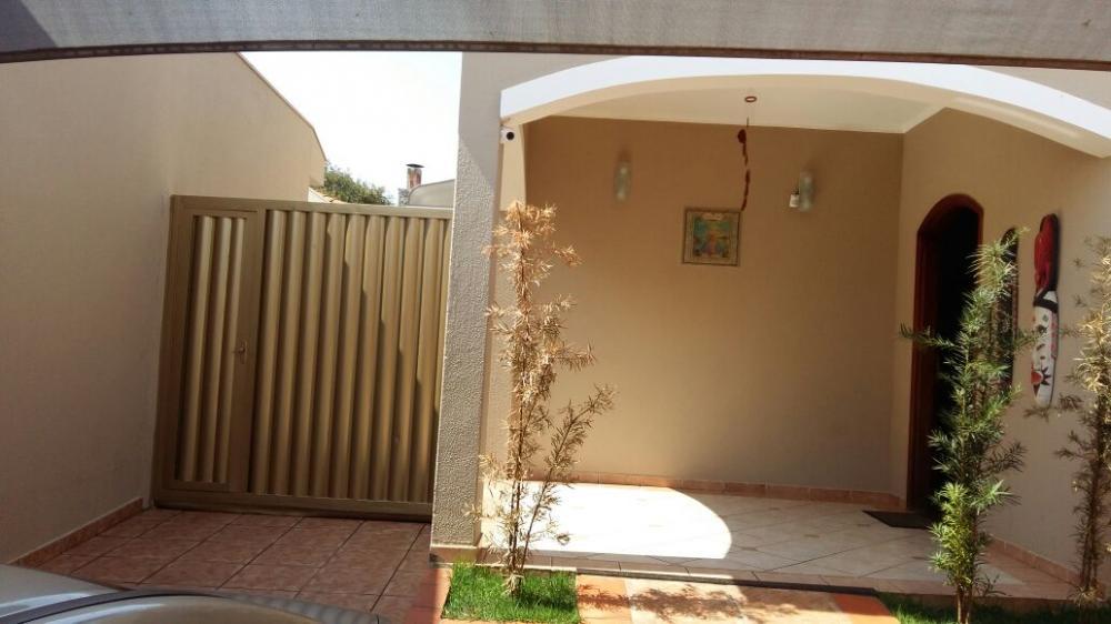 Comprar Casa / Padrão em São José do Rio Preto R$ 780.000,00 - Foto 16