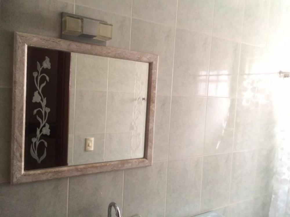 Comprar Casa / Padrão em São Paulo R$ 1.250.000,00 - Foto 2