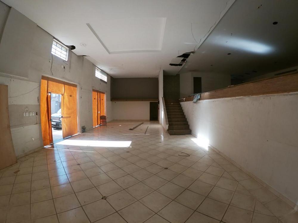 Alugar Comercial / Salão em São José do Rio Preto R$ 15.000,00 - Foto 10
