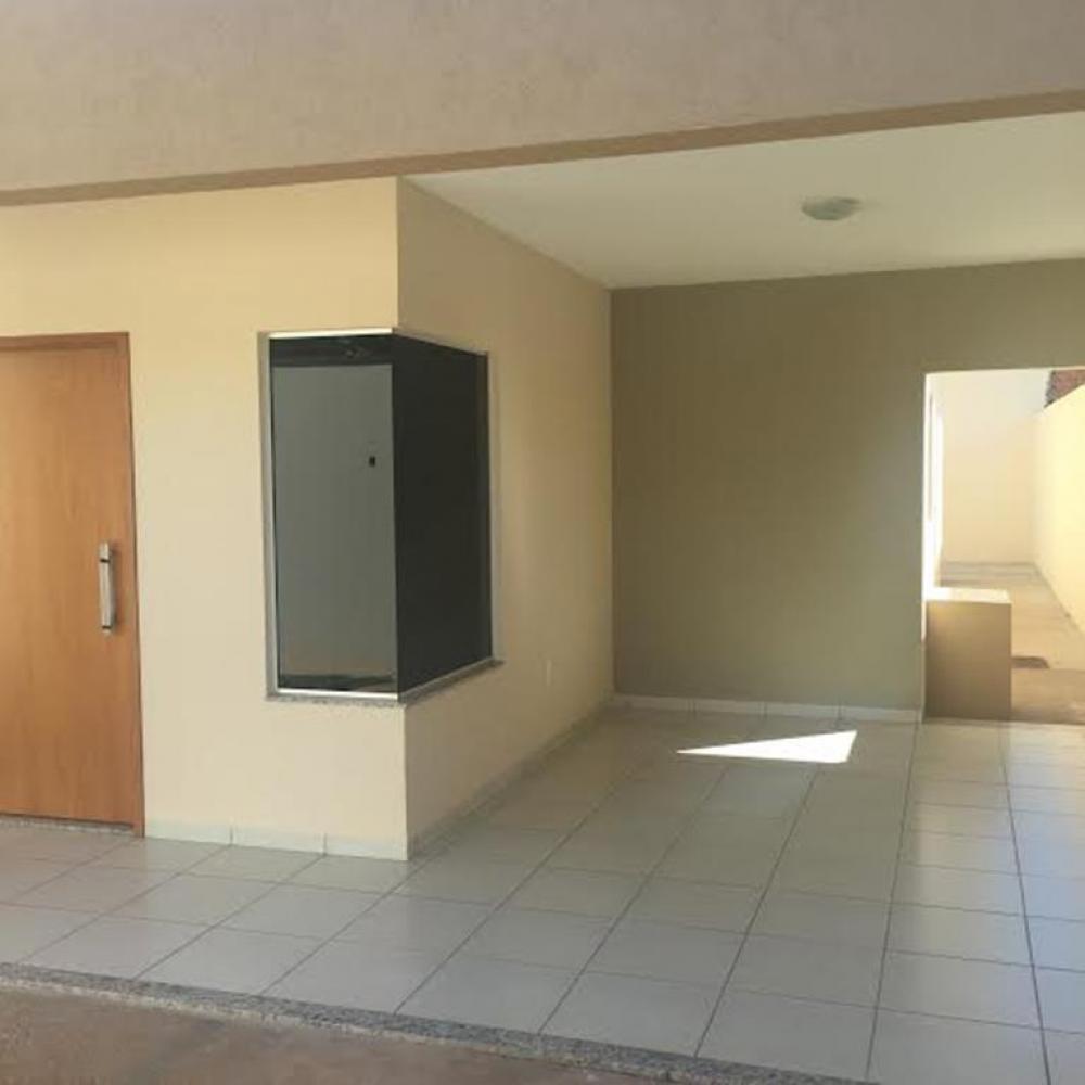 Comprar Casa / Padrão em Icém R$ 320.000,00 - Foto 1