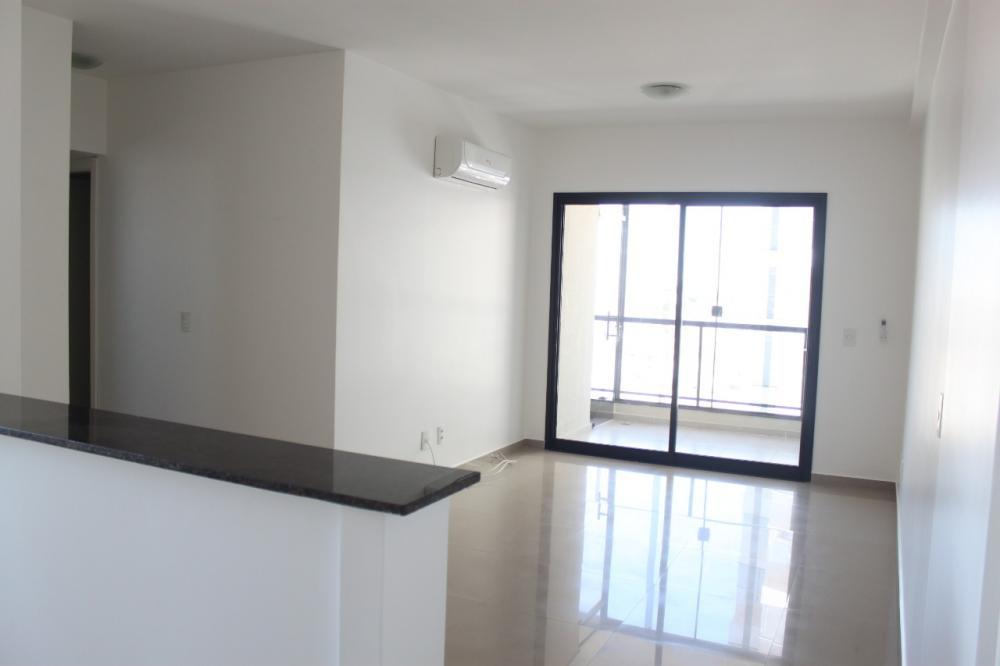 Alugar Apartamento / Padrão em SAO JOSE DO RIO PRETO apenas R$ 1.600,00 - Foto 1