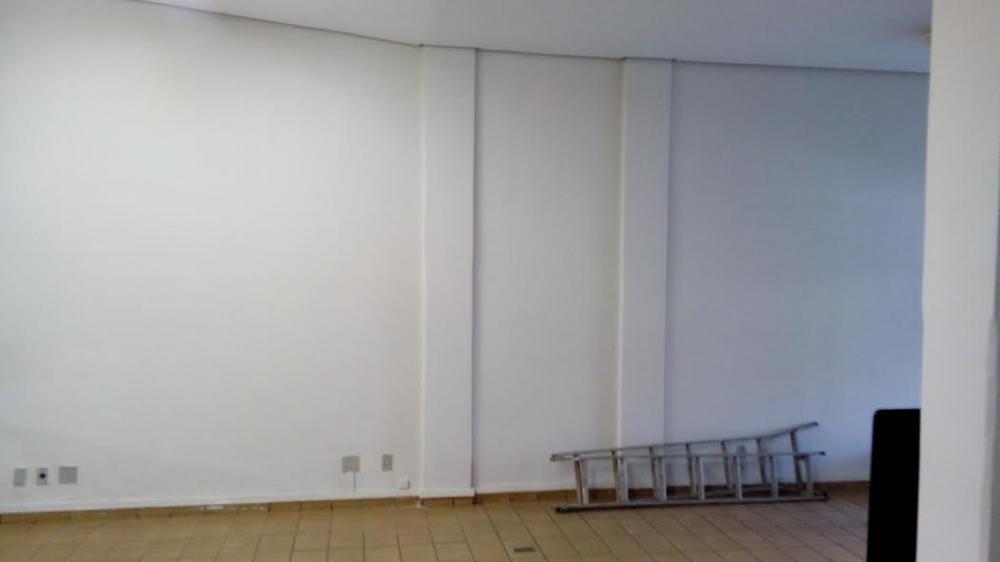 Comprar Comercial / Salão em São José do Rio Preto R$ 800.000,00 - Foto 4
