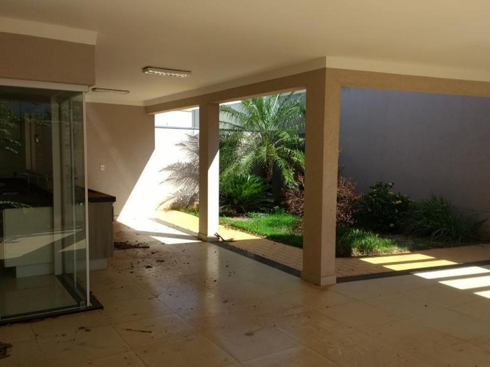 SAO JOSE DO RIO PRETO Casa Venda R$630.000,00 Condominio R$350,00 3 Dormitorios 2 Vagas Area do terreno 372.00m2 Area construida 200.00m2