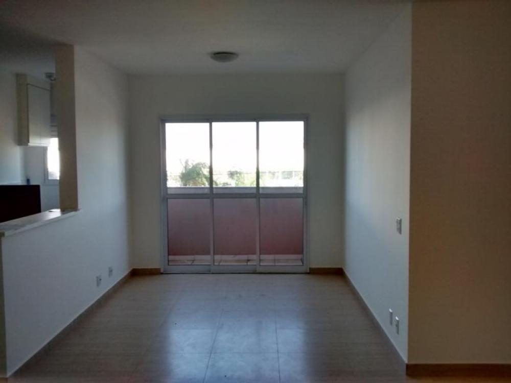 Comprar Apartamento / Padrão em São José do Rio Preto apenas R$ 385.000,00 - Foto 1