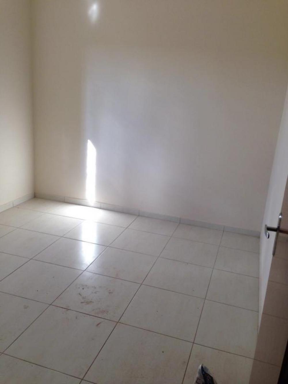 Comprar Casa / Padrão em São José do Rio Preto R$ 220.000,00 - Foto 7