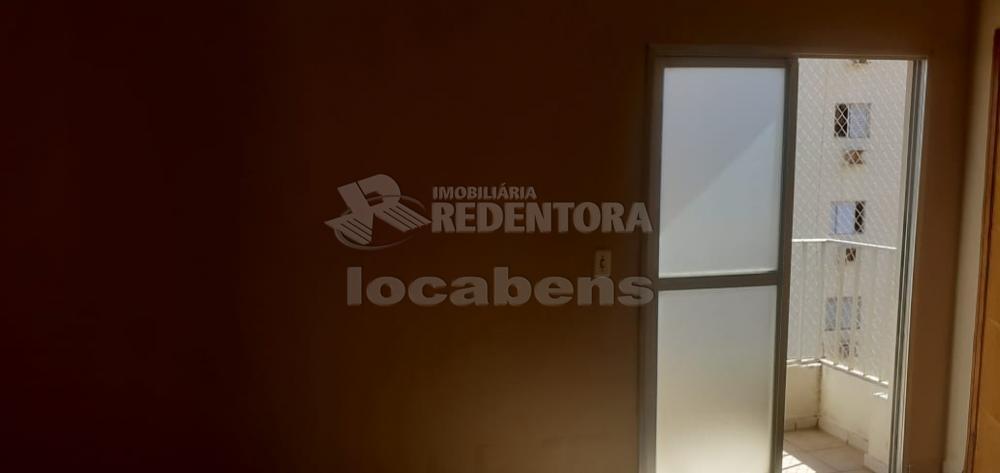 Comprar Apartamento / Padrão em São José do Rio Preto R$ 270.000,00 - Foto 27