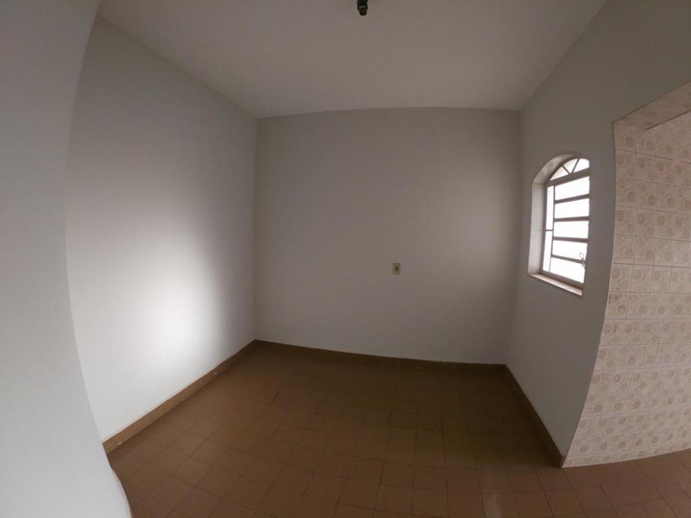 Alugar Apartamento / Padrão em São José do Rio Preto apenas R$ 850,00 - Foto 1