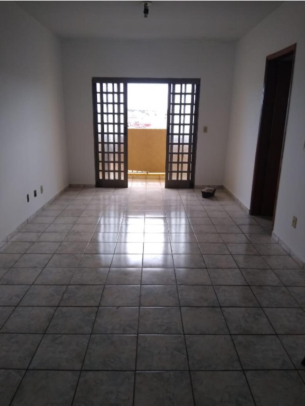Comprar Apartamento / Padrão em São José do Rio Preto apenas R$ 160.000,00 - Foto 1