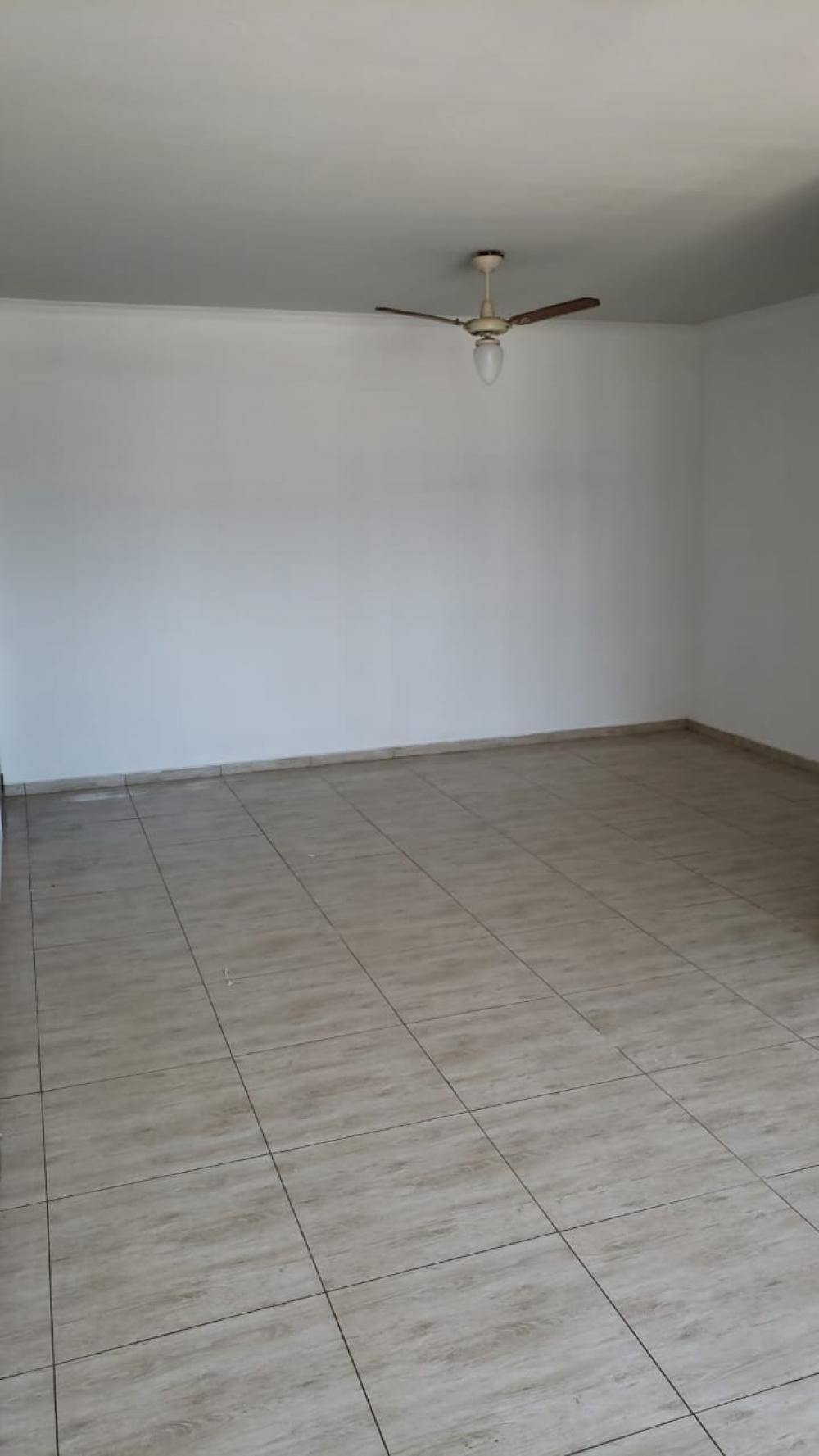 Comprar Apartamento / Padrão em São José do Rio Preto apenas R$ 290.000,00 - Foto 3