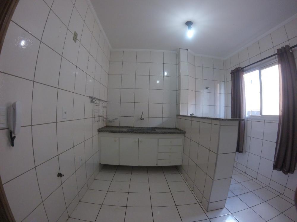 Alugar Apartamento / Padrão em SAO JOSE DO RIO PRETO apenas R$ 750,00 - Foto 7