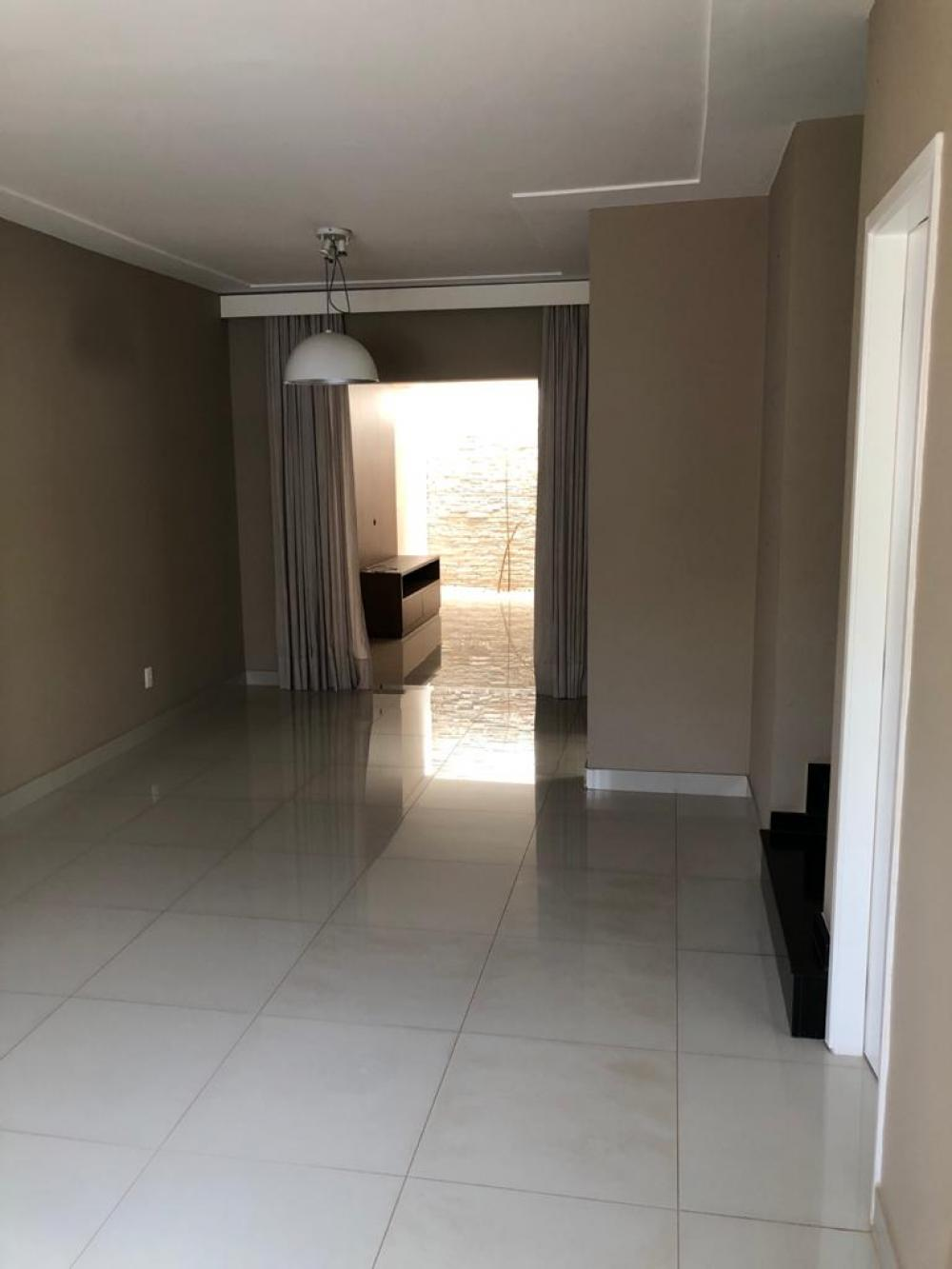 Sao Jose do Rio Preto Casa Venda R$550.000,00 Condominio R$330,00 3 Dormitorios 2 Vagas Area do terreno 150.00m2 Area construida 95.00m2