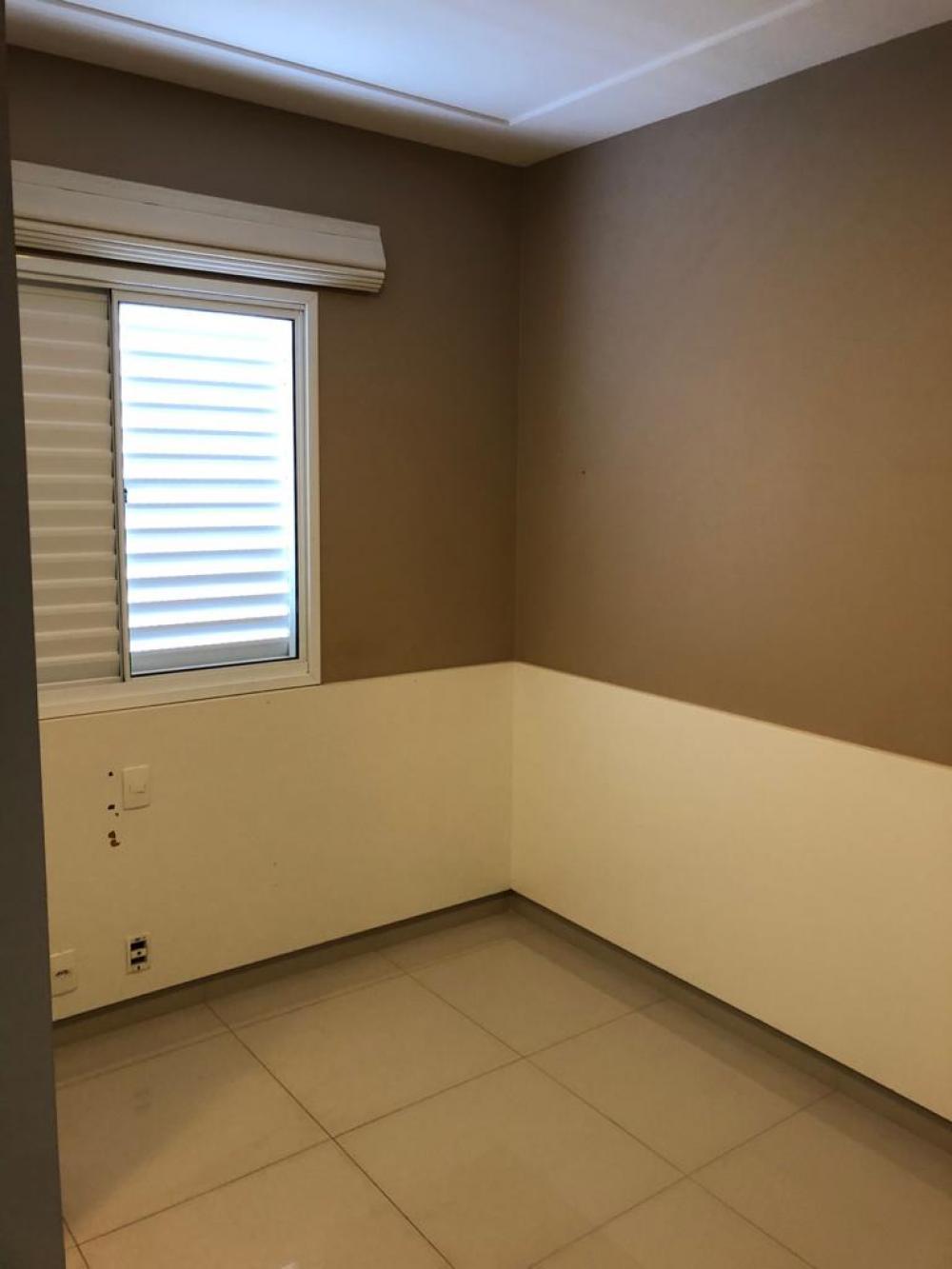 Alugar Casa / Condomínio em São José do Rio Preto R$ 2.100,00 - Foto 14