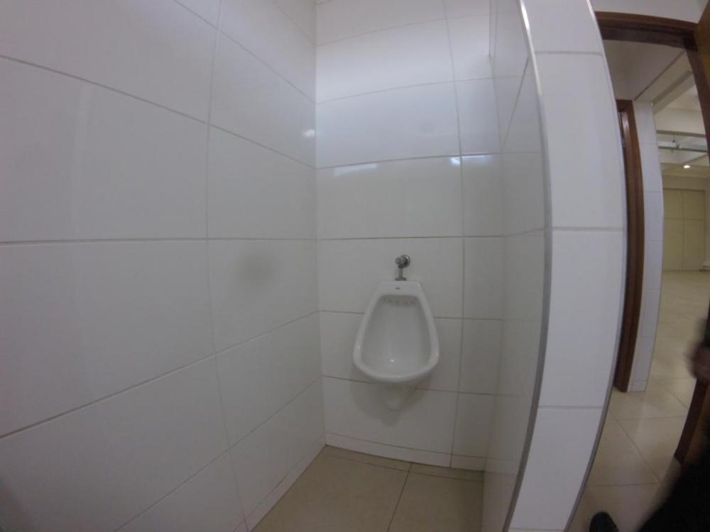 Alugar Comercial / Salão em São José do Rio Preto R$ 5.000,00 - Foto 12