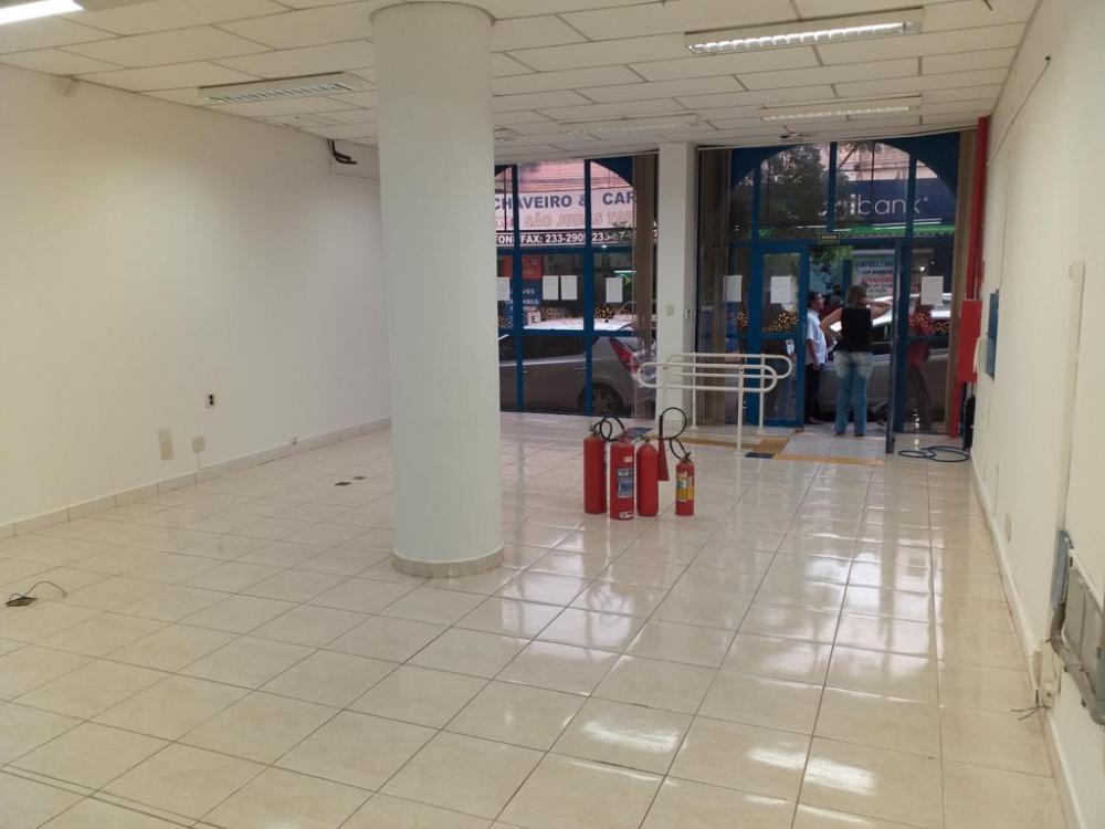 Alugar Comercial / Salão em São José do Rio Preto R$ 3.500,00 - Foto 10