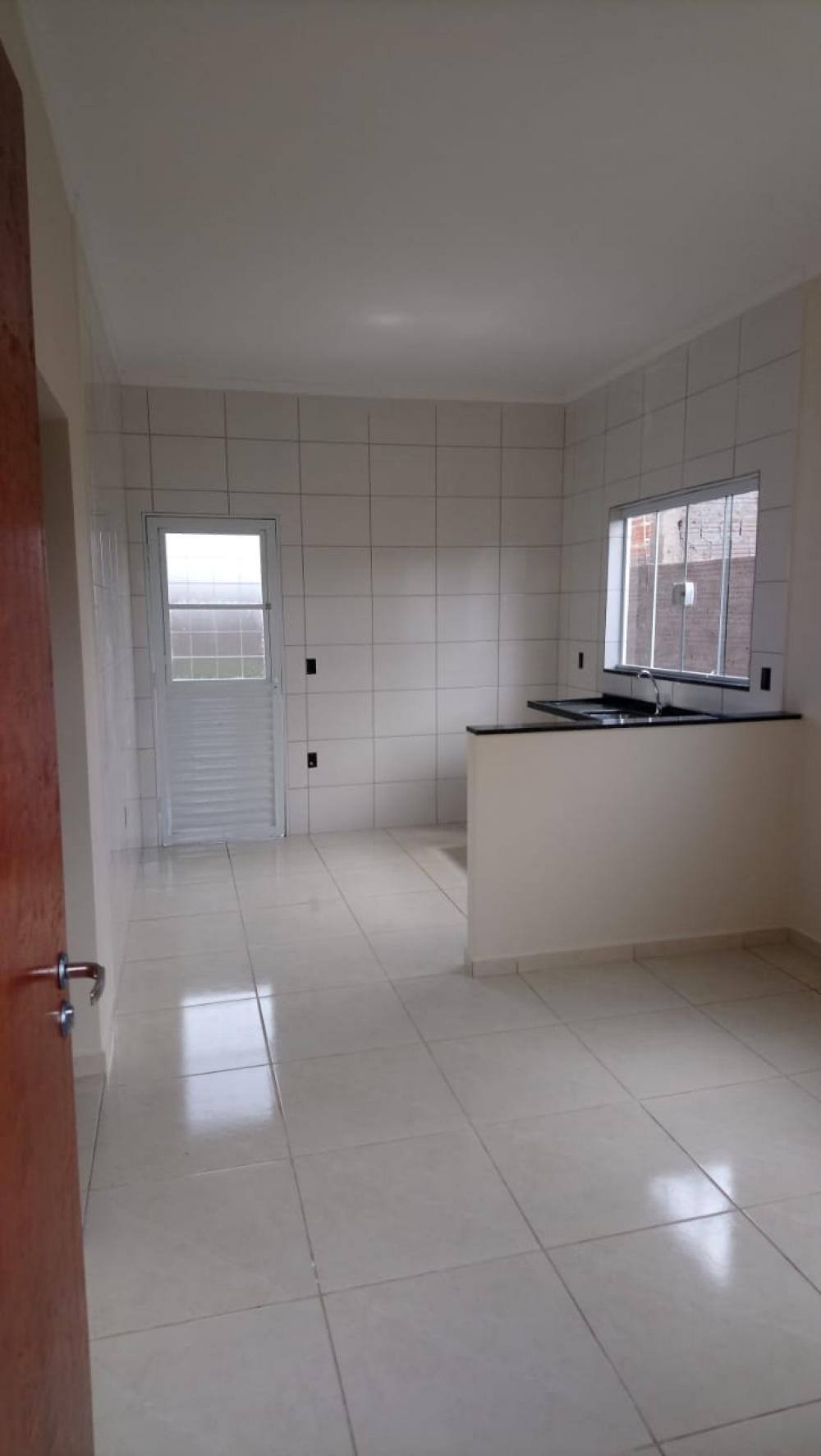 Alugar Casa / Padrão em São José do Rio Preto R$ 600,00 - Foto 7