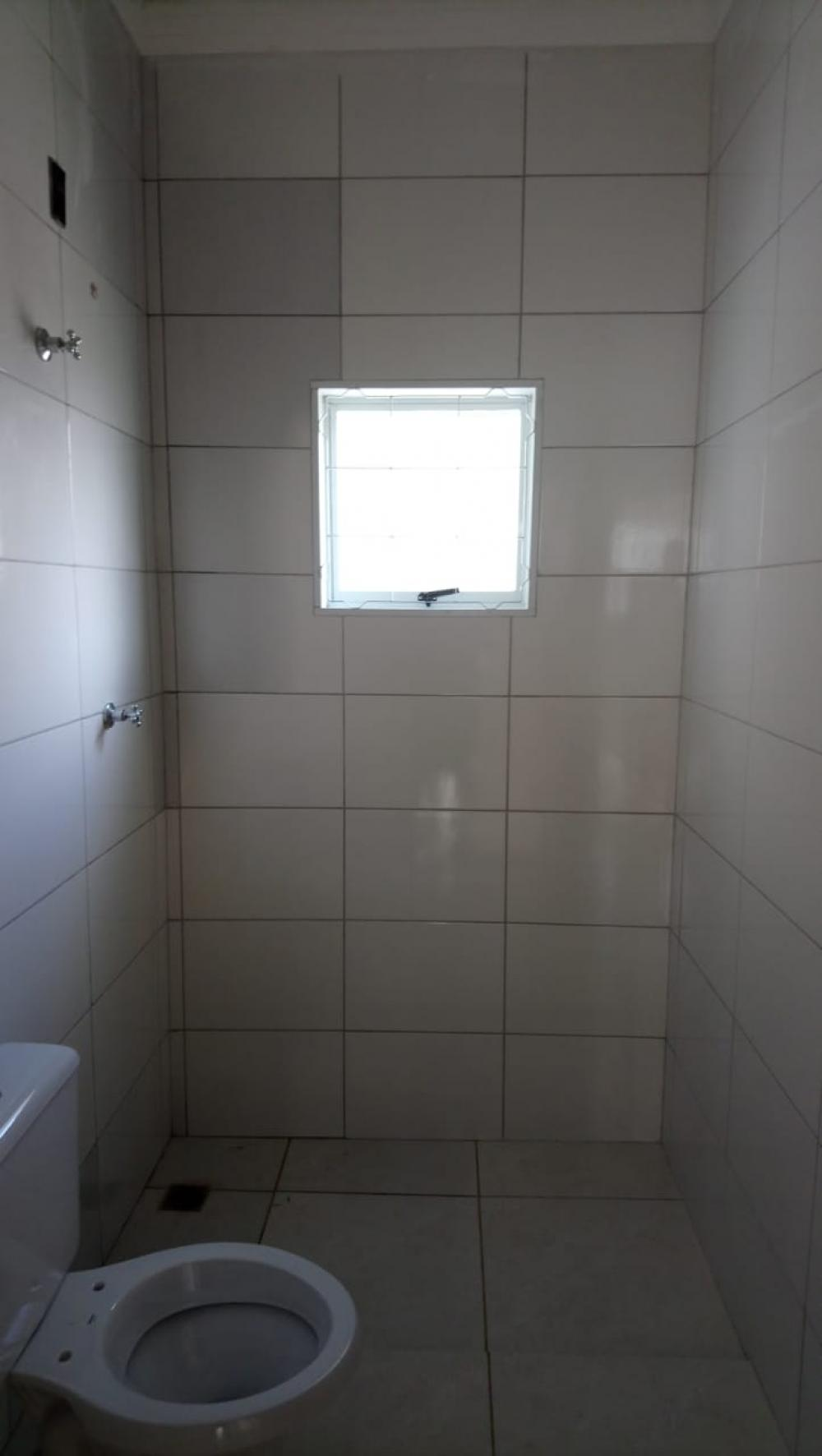 Alugar Casa / Padrão em São José do Rio Preto R$ 600,00 - Foto 14