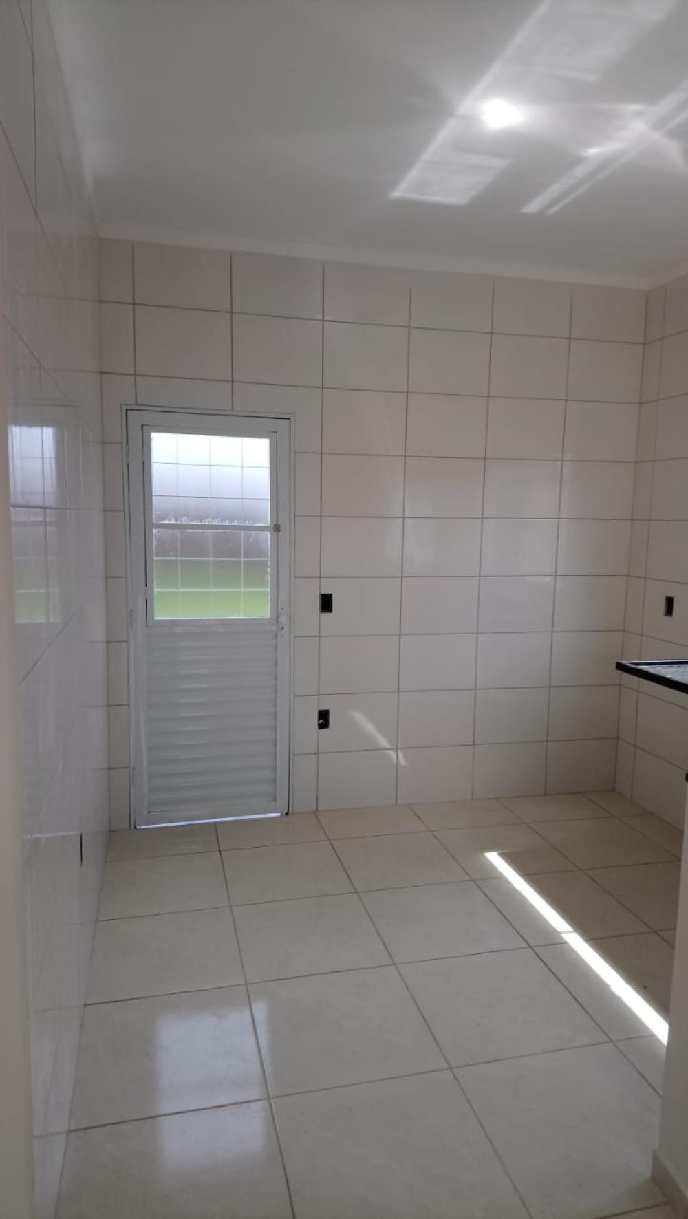 Alugar Casa / Padrão em São José do Rio Preto R$ 600,00 - Foto 16