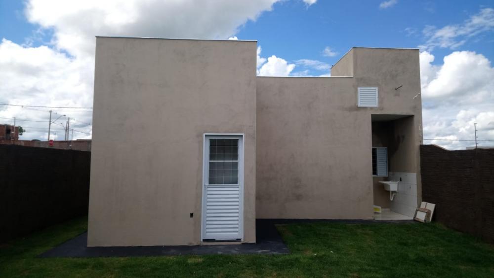 Alugar Casa / Padrão em São José do Rio Preto R$ 600,00 - Foto 19