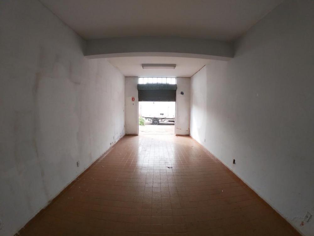 Alugar Comercial / Salão em São José do Rio Preto R$ 550,00 - Foto 1