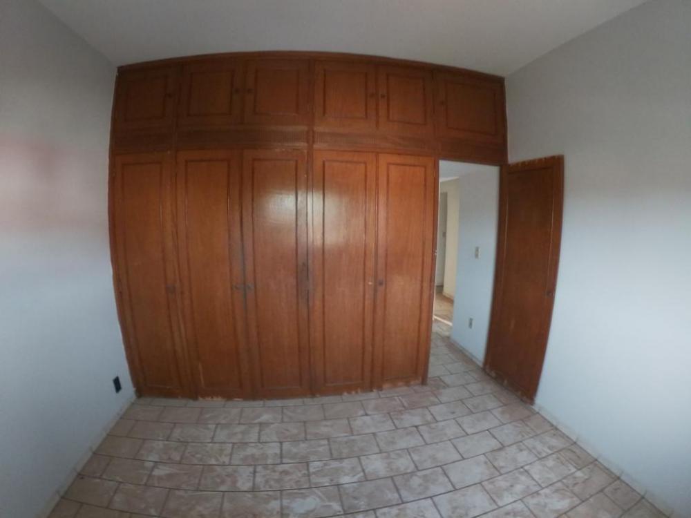 Alugar Casa / Sobrado em São José do Rio Preto apenas R$ 850,00 - Foto 1