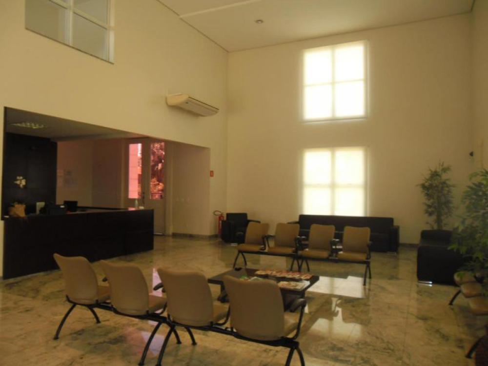 Alugar Comercial / Casa Comercial em São José do Rio Preto R$ 20.000,00 - Foto 4