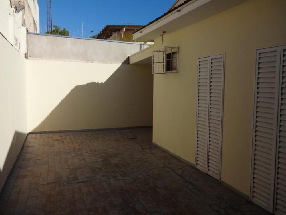 Comprar Casa / Padrão em São José do Rio Preto R$ 390.000,00 - Foto 6