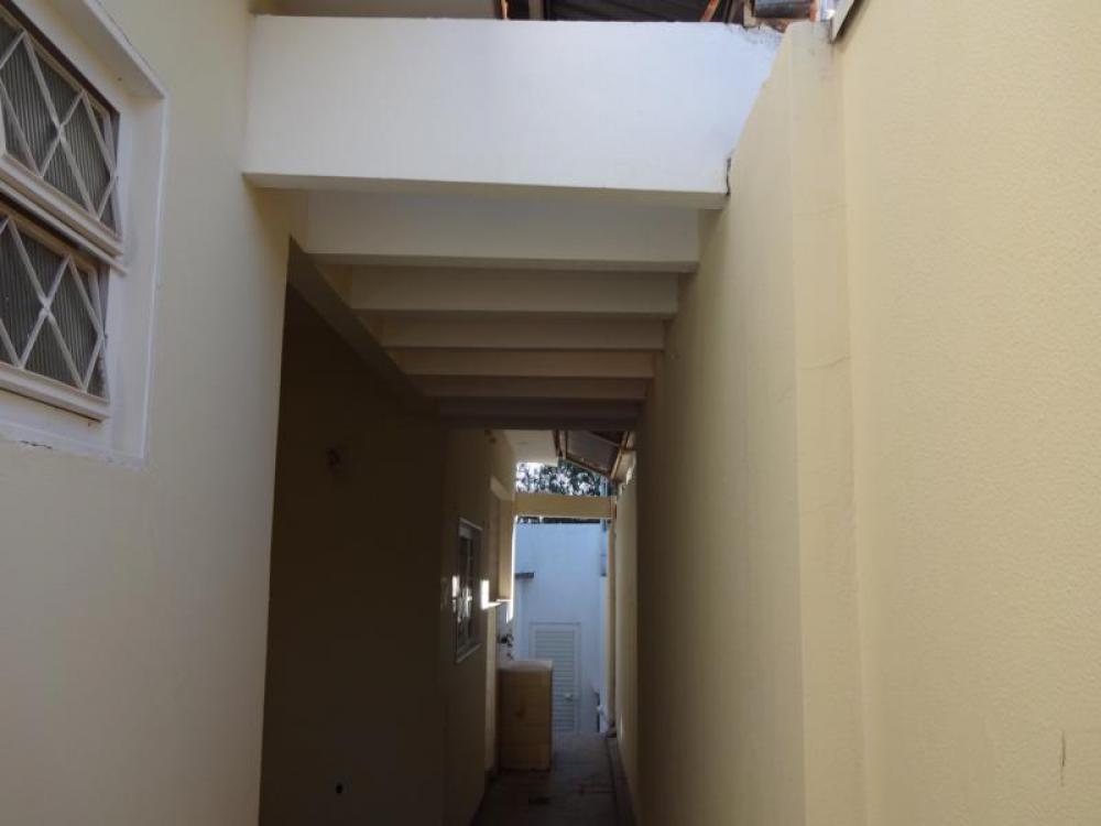 Comprar Casa / Padrão em São José do Rio Preto R$ 390.000,00 - Foto 7