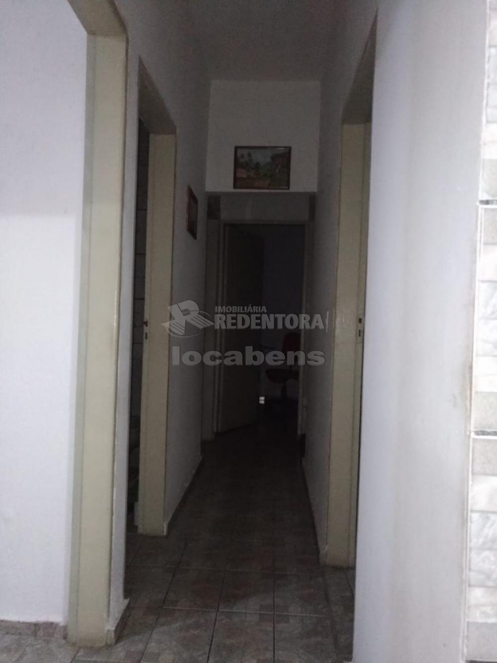 Comprar Casa / Padrão em São José do Rio Preto R$ 180.000,00 - Foto 3