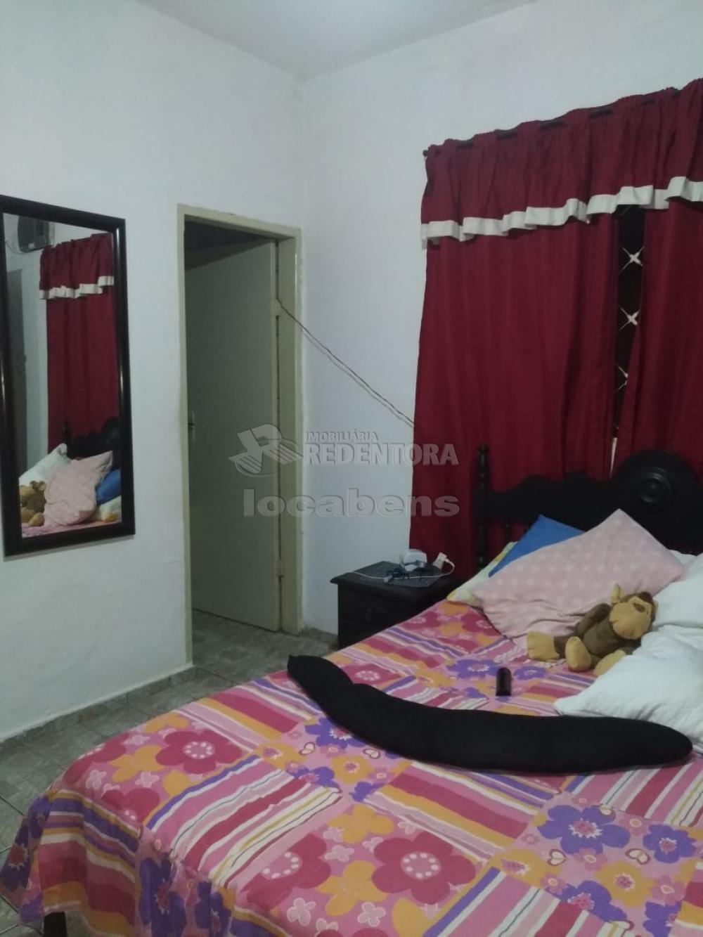 Comprar Casa / Padrão em São José do Rio Preto R$ 180.000,00 - Foto 4