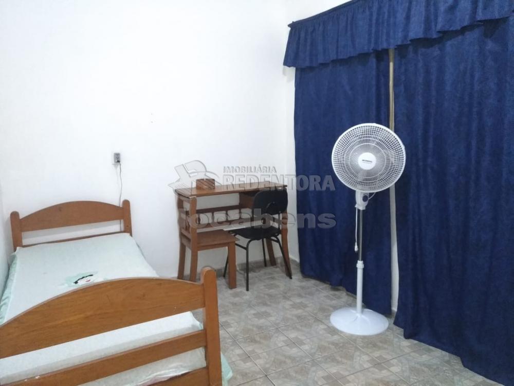 Comprar Casa / Padrão em São José do Rio Preto R$ 180.000,00 - Foto 6