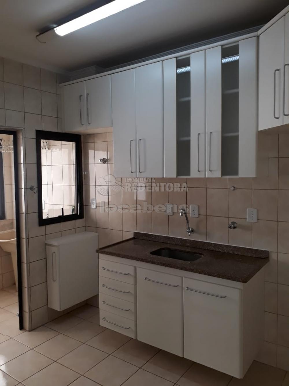 Comprar Apartamento / Padrão em São José do Rio Preto apenas R$ 230.000,00 - Foto 2