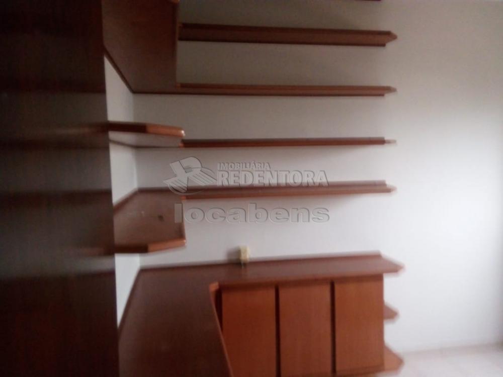Comprar Apartamento / Padrão em São José do Rio Preto R$ 230.000,00 - Foto 11