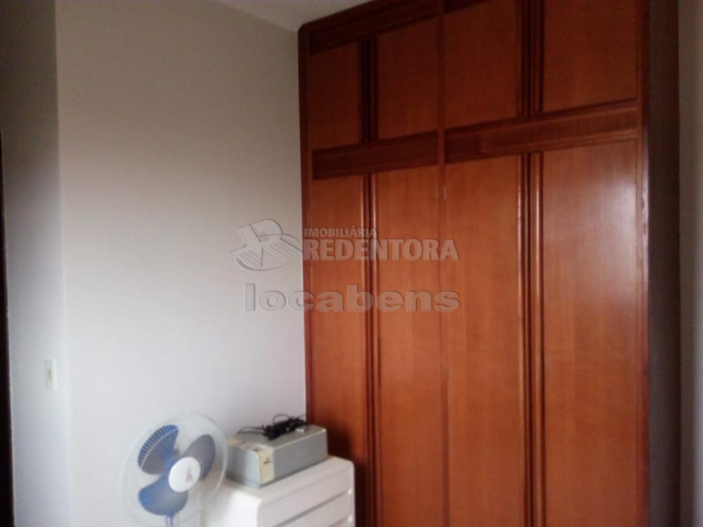 Comprar Apartamento / Padrão em São José do Rio Preto R$ 230.000,00 - Foto 5