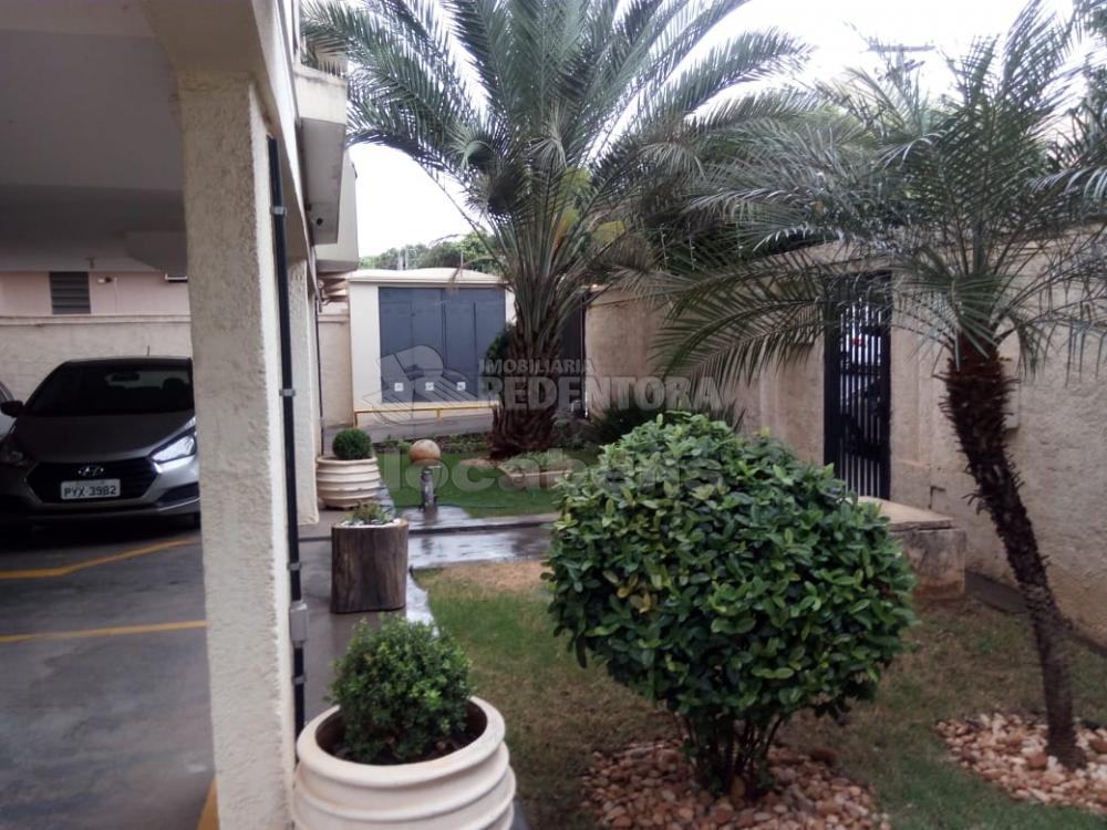 Comprar Apartamento / Padrão em São José do Rio Preto R$ 230.000,00 - Foto 1