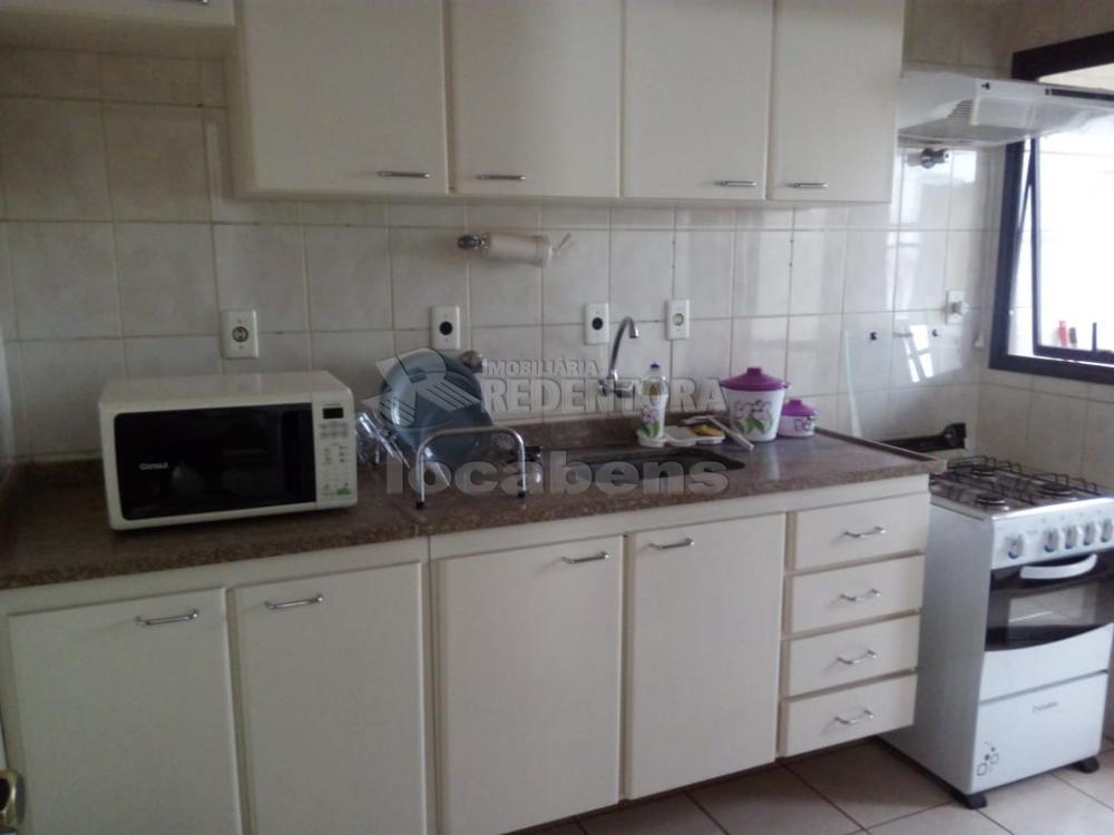 Comprar Apartamento / Padrão em São José do Rio Preto R$ 230.000,00 - Foto 2