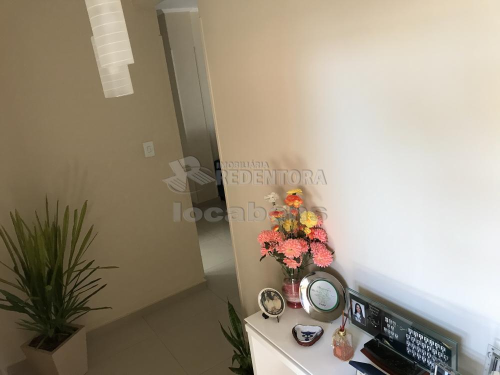 Comprar Apartamento / Padrão em São José do Rio Preto R$ 290.000,00 - Foto 2
